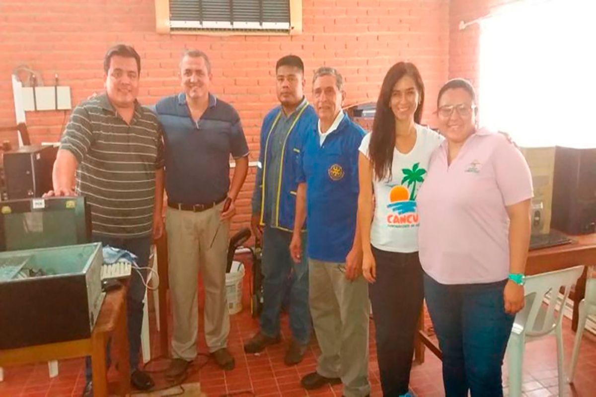 Mantenimiento de equipos y apoyo al Telecentro de Palmasola